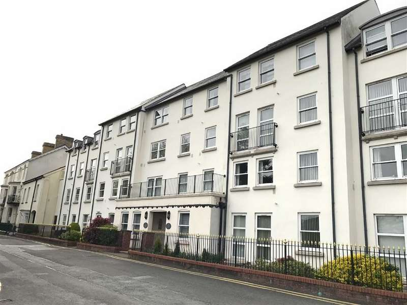 2 Bedrooms Property for sale in Ty Rhys, The Parade, Carmarthen