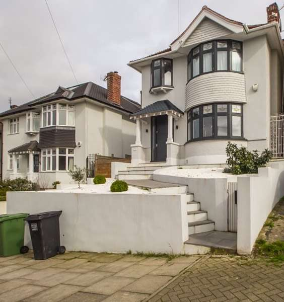 4 Bedrooms Detached House for sale in Ringmore Rise, London, London, SE23