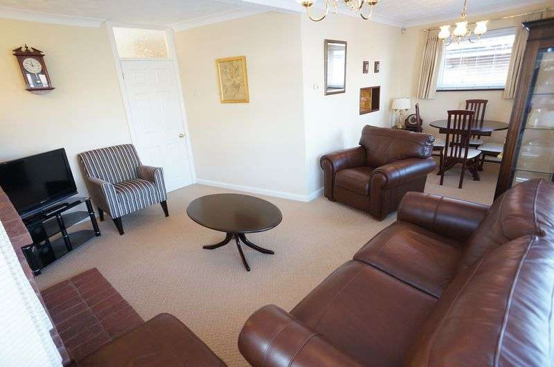 3 Bedrooms Detached Bungalow for sale in Clifton Avenue, South Benfleet