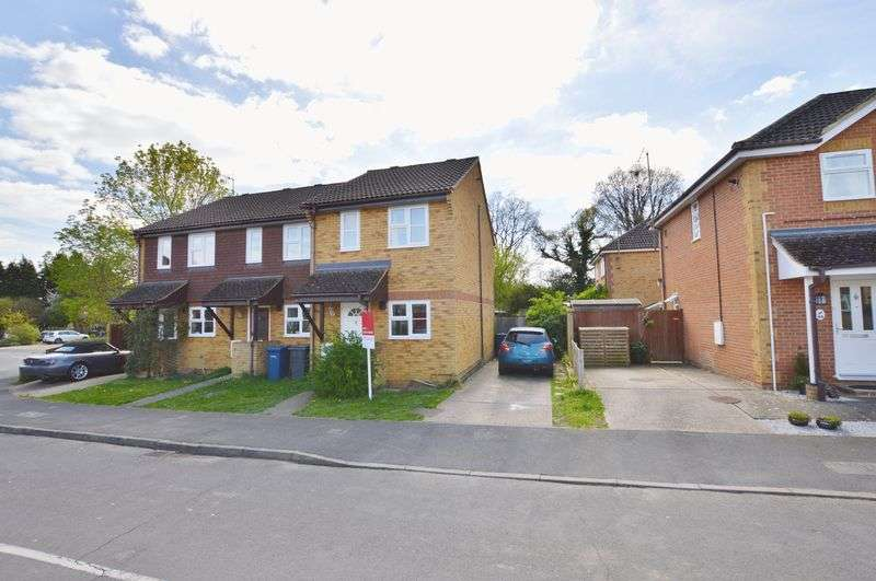 2 Bedrooms Terraced House for sale in Martins Wood, Godalming