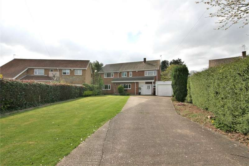 5 Bedrooms Detached House for sale in St Thomas Close, Humberston, DN36
