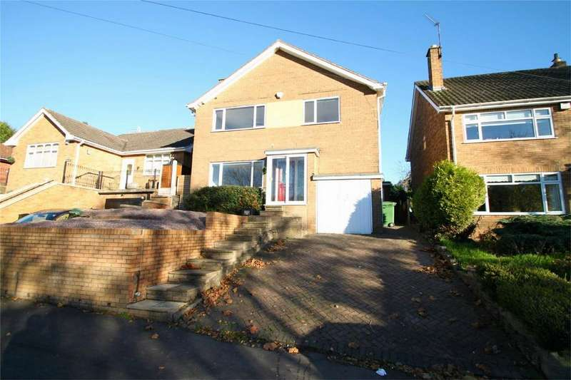 3 Bedrooms Detached House for sale in Springfield Avenue, Wollescote, Stourbridge, West Midlands