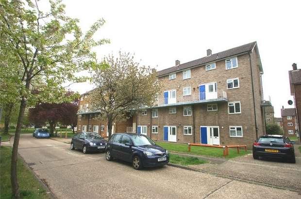 3 Bedrooms Ground Maisonette Flat for sale in Hughenden Road, St Albans, Hertfordshire