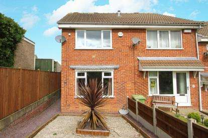 2 Bedrooms Town House for sale in Highwood Place, Eckington, Sheffield, Derbyshire