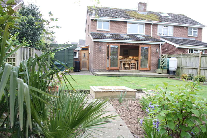 3 Bedrooms Semi Detached House for sale in Ottery St Mary