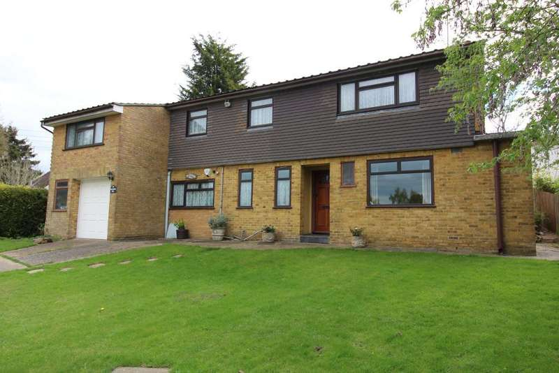 3 Bedrooms Detached House for sale in Norsted Lane, Pratts Bottom, Kent, BR6 7PQ