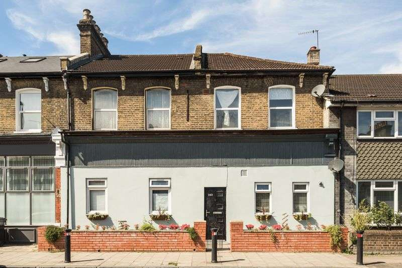 3 Bedrooms Flat for sale in Malpas Road, Brockley