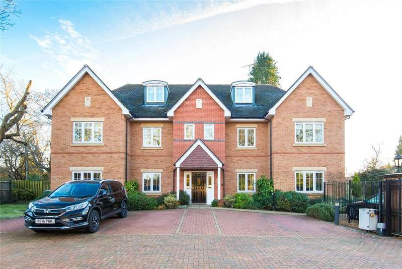 2 Bedrooms Flat for sale in Oval Way, Gerrards Cross, Buckinghamshire