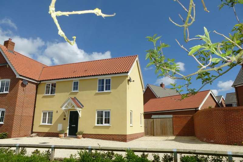 3 Bedrooms Semi Detached House for sale in Loddon