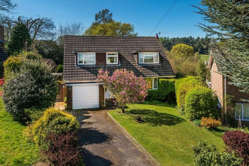 4 Bedrooms Chalet House for sale in Springfarm Road, Haslemere