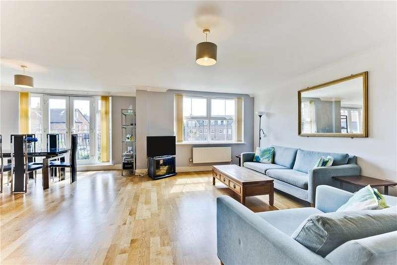 3 Bedrooms Flat for sale in Bentley Place, 57-59 Baker Street, Weybridge, Surrey, KT13