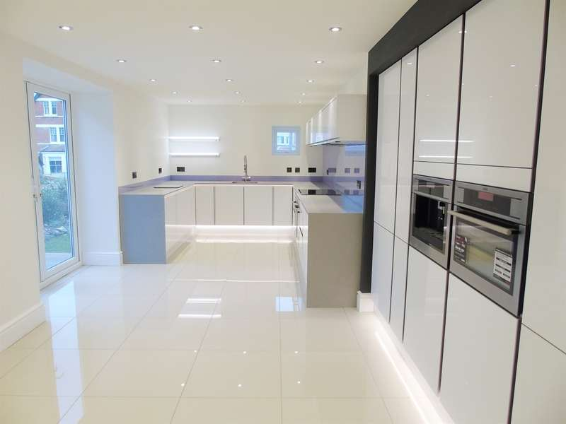 7 Bedrooms Semi Detached House for sale in Westbourne Road, Penarth