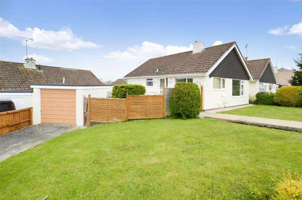 2 Bedrooms Detached Bungalow for sale in The Roundway, Kingskerswell, Newton Abbot, Devon