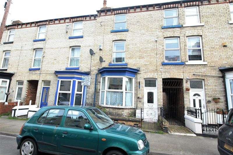 4 Bedrooms Terraced House for sale in Commercial Street, Scarborough, YO12 5ER