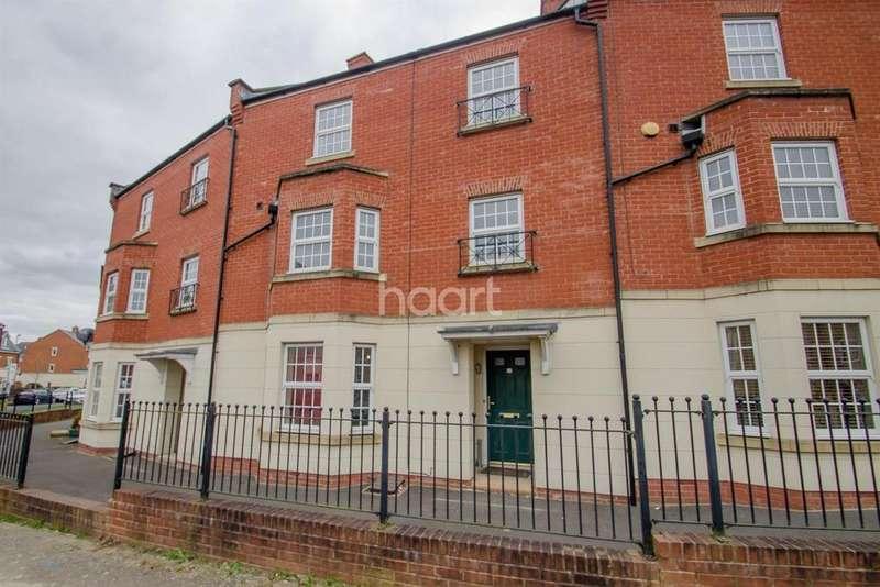 4 Bedrooms Terraced House for sale in Queen Elizabeth Drive, Swindon, Wiltshire
