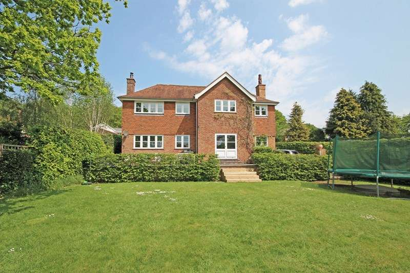 4 Bedrooms Detached House for sale in Lower Sandy Down Lane, Boldre, Lymington
