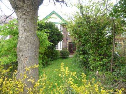 4 Bedrooms Detached House for sale in Leyland Road, Southport, Merseyside, England, PR9