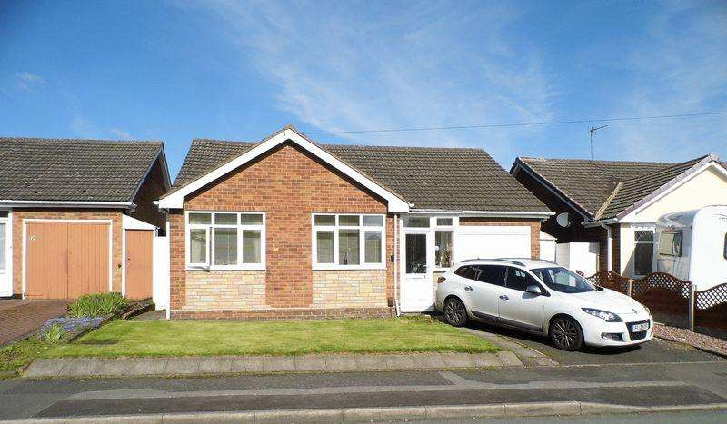 3 Bedrooms Detached Bungalow for sale in St Johns Road, Pelsall, Walsall