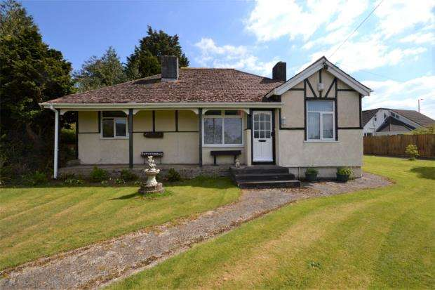 3 Bedrooms Detached Bungalow for sale in St. Germans Road, Callington, Cornwall