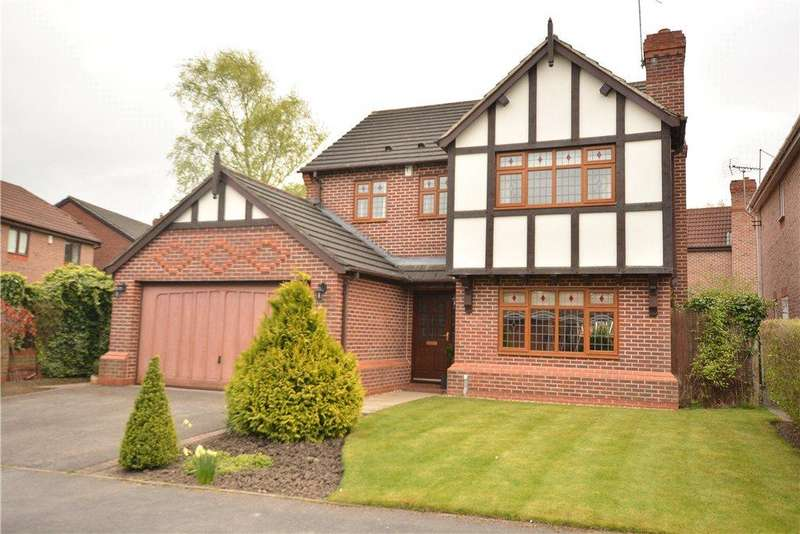 4 Bedrooms Detached House for sale in Wike Ridge View, Leeds
