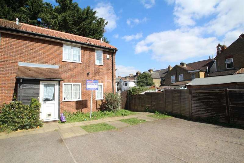 1 Bedroom End Of Terrace House for sale in Carisbrook Court