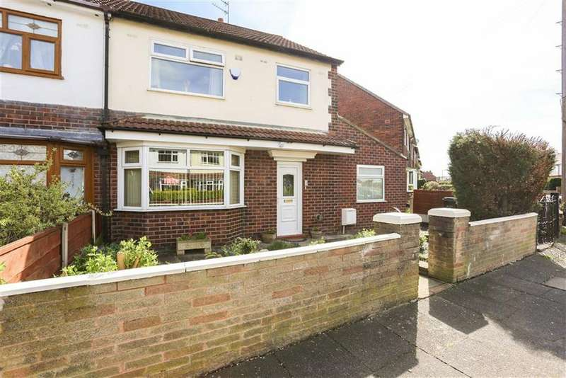 4 Bedrooms Semi Detached House for sale in Woodlands Park Road, Offerton, Cheshire