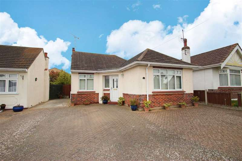 3 Bedrooms Bungalow for sale in Norman Road, Holland-On-Sea