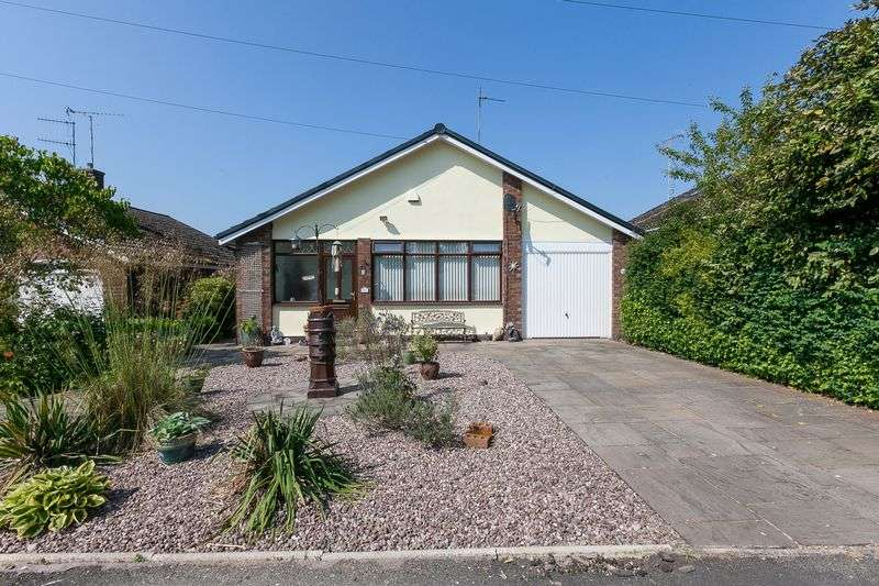 3 Bedrooms Detached Bungalow for sale in Springmount Drive, Parbold, WN8 7AP
