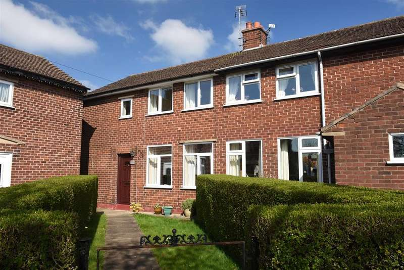 3 Bedrooms Semi Detached House for sale in Astbury Drive, Barnton