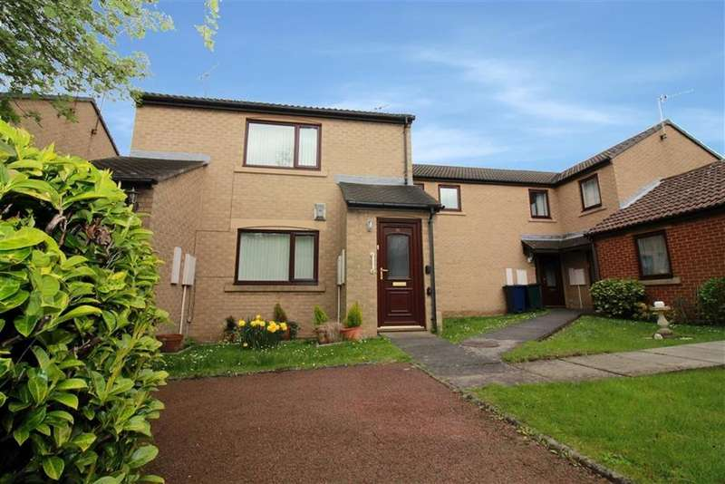 2 Bedrooms Flat for sale in Bowes Court, Newcastle Upon Tyne, NE3