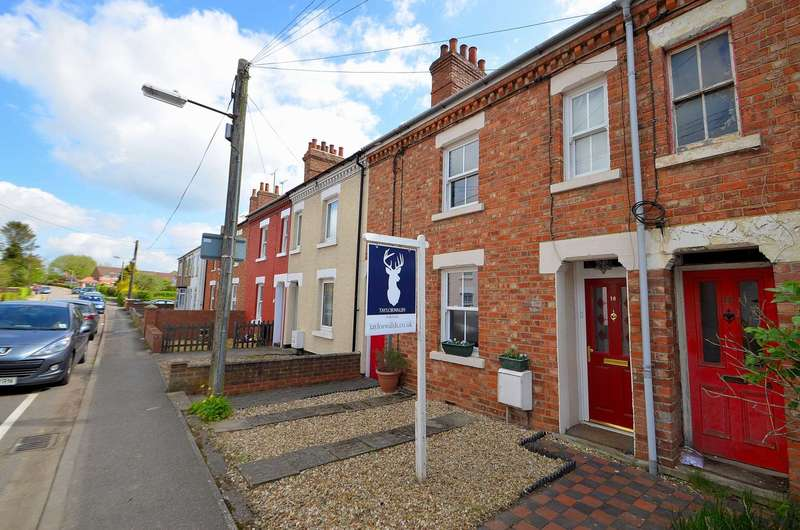 4 Bedrooms Terraced House for sale in Old Stratford