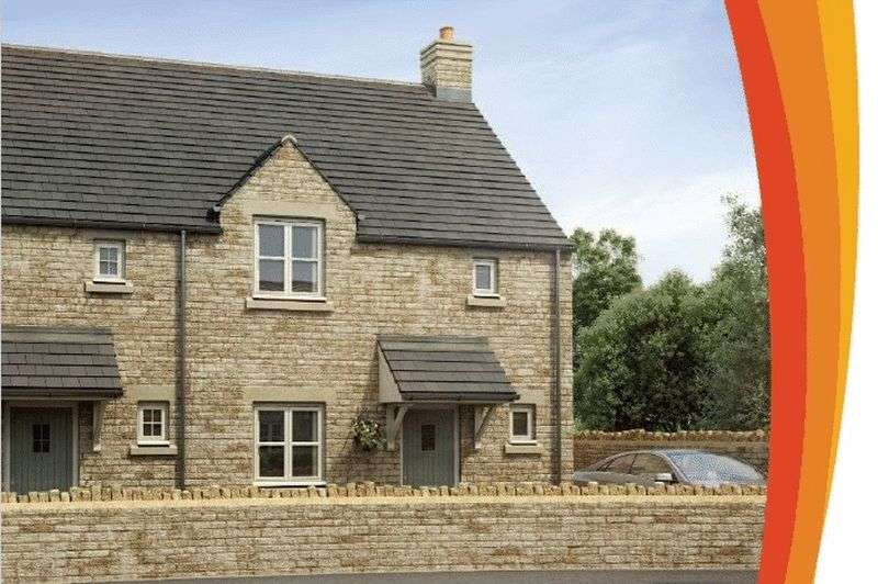 3 Bedrooms Semi Detached House for sale in Stoneways, Fairford, Gloucestershire.