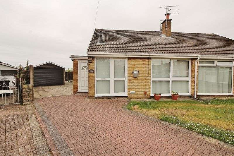 2 Bedrooms Semi Detached Bungalow for sale in Priory Close, Formby