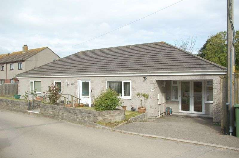 3 Bedrooms Detached Bungalow for sale in Little Lane, Hayle
