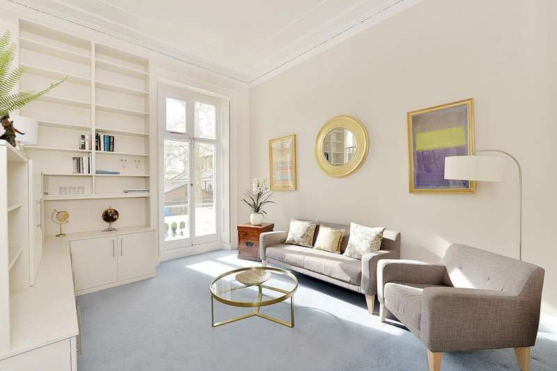 2 Bedrooms Apartment Flat for sale in St Georges Square, Pimlico SW1V