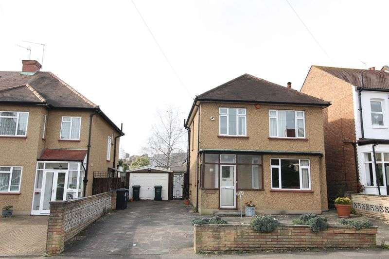 3 Bedrooms Detached House for sale in Victoria Road, New Barnet