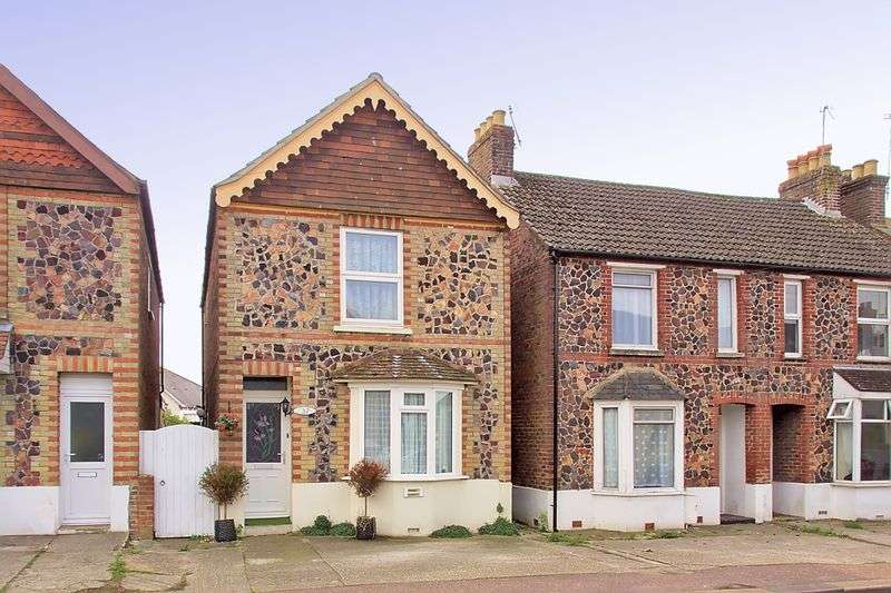 3 Bedrooms Detached House for sale in Spitalfield Lane, Chichester, PO19