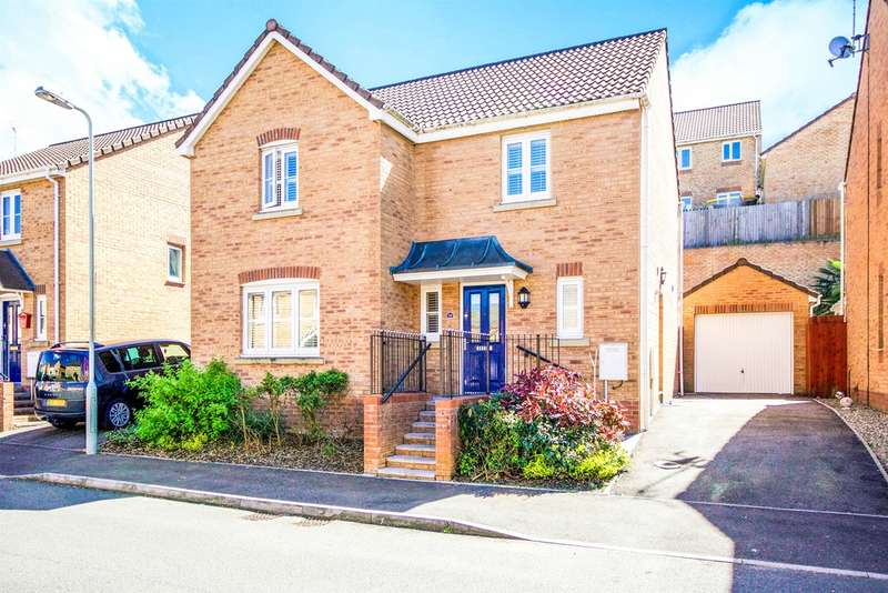 4 Bedrooms Detached House for sale in Kingfisher Road, North Cornelly, Bridgend