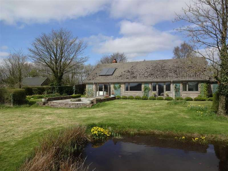 3 Bedrooms Bungalow for sale in Kings Nympton, Umberleigh, Devon, EX37
