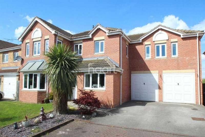 5 Bedrooms Detached House for sale in Richmond Drive, North Hykeham, Lincoln, LN6