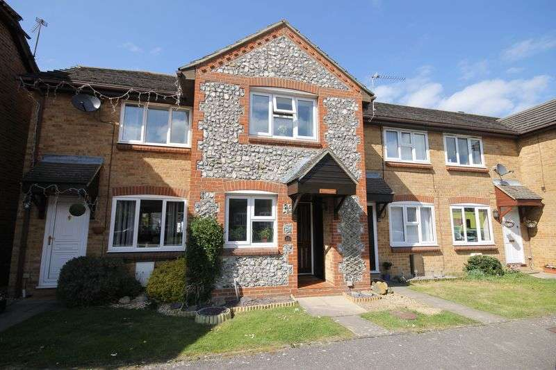 2 Bedrooms Terraced House for sale in Vallance Close, Burgess Hill, West Sussex