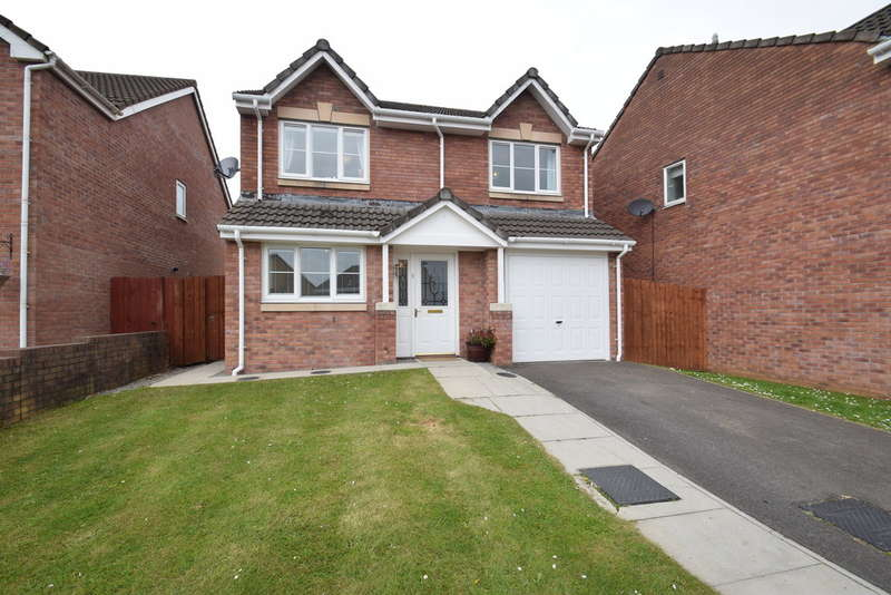4 Bedrooms Detached House for sale in 1 Rhodfa Ceirios, Pen-Y-Fai, Bridgend, Bridgend County Borough, CF31 4GG