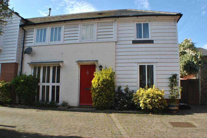 2 Bedrooms Semi Detached House for sale in Gammon Yard, Canterbury