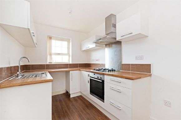 3 Bedrooms End Of Terrace House for sale in Staniforth Road, Yorkshire, Sheffield