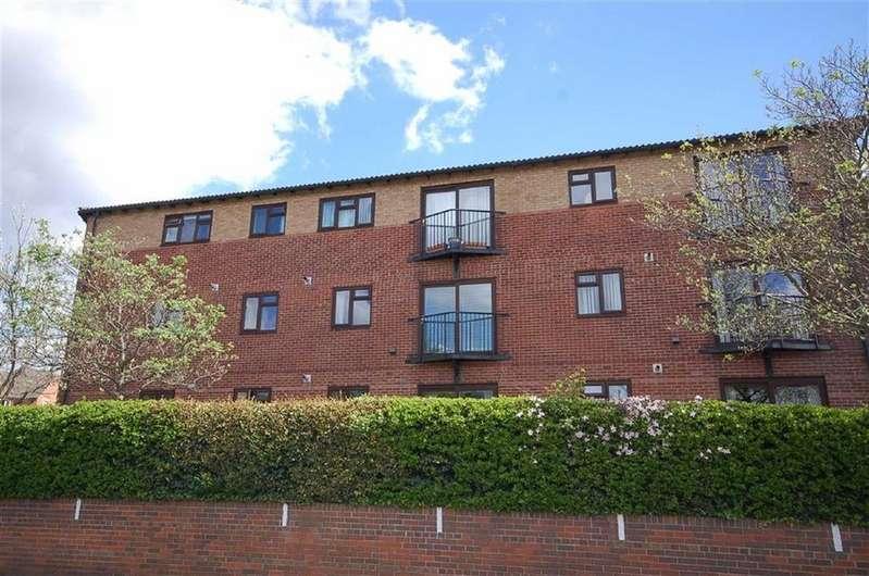 2 Bedrooms Retirement Property for sale in Marlborough Court, West Bridgford