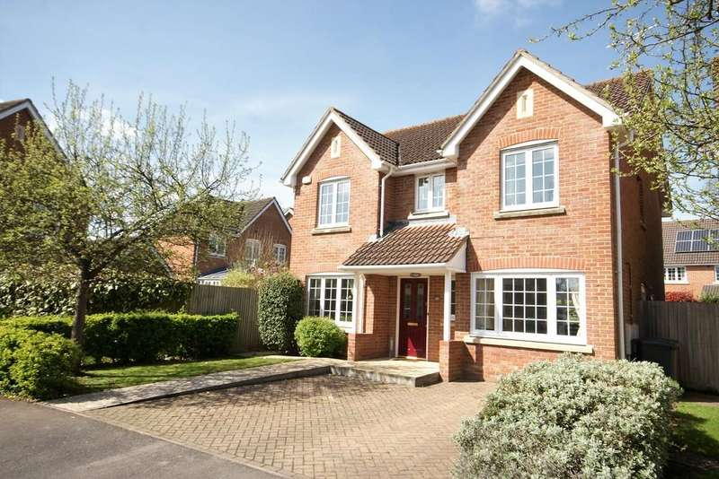 4 Bedrooms Detached House for sale in Shipley Close, ALTON, Hampshire