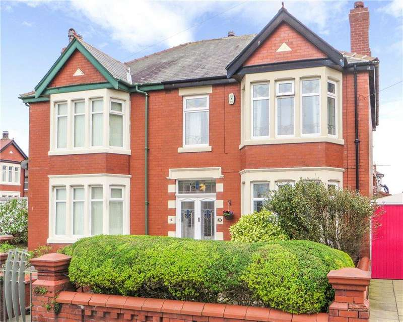 3 Bedrooms Semi Detached House for sale in Knowle Avenue, Bispham, Blackpool