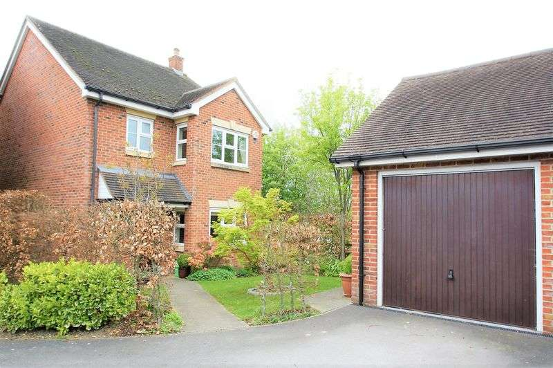 4 Bedrooms Detached House for sale in Durley