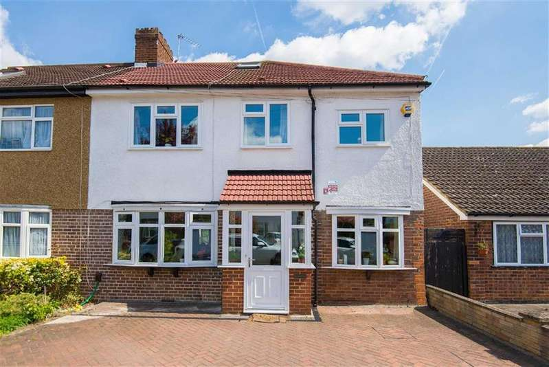 4 Bedrooms Semi Detached House for sale in East Towers, Pinner, Middlesex