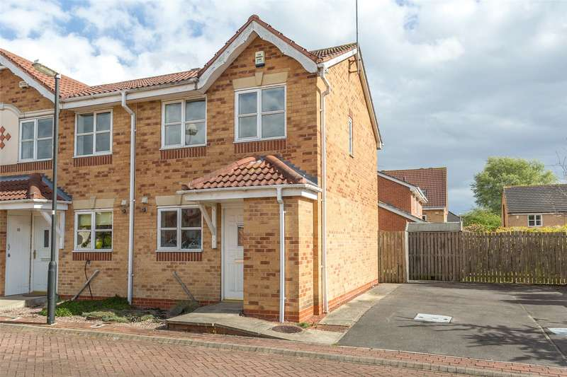 2 Bedrooms Semi Detached House for sale in Lockyer Close, York, YO30